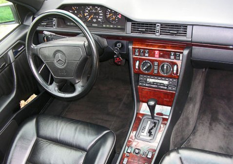 Mercedes 500E Interior