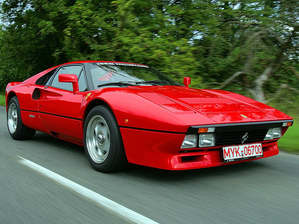 dream garage ferrari 288 gto downshift autos. Black Bedroom Furniture Sets. Home Design Ideas