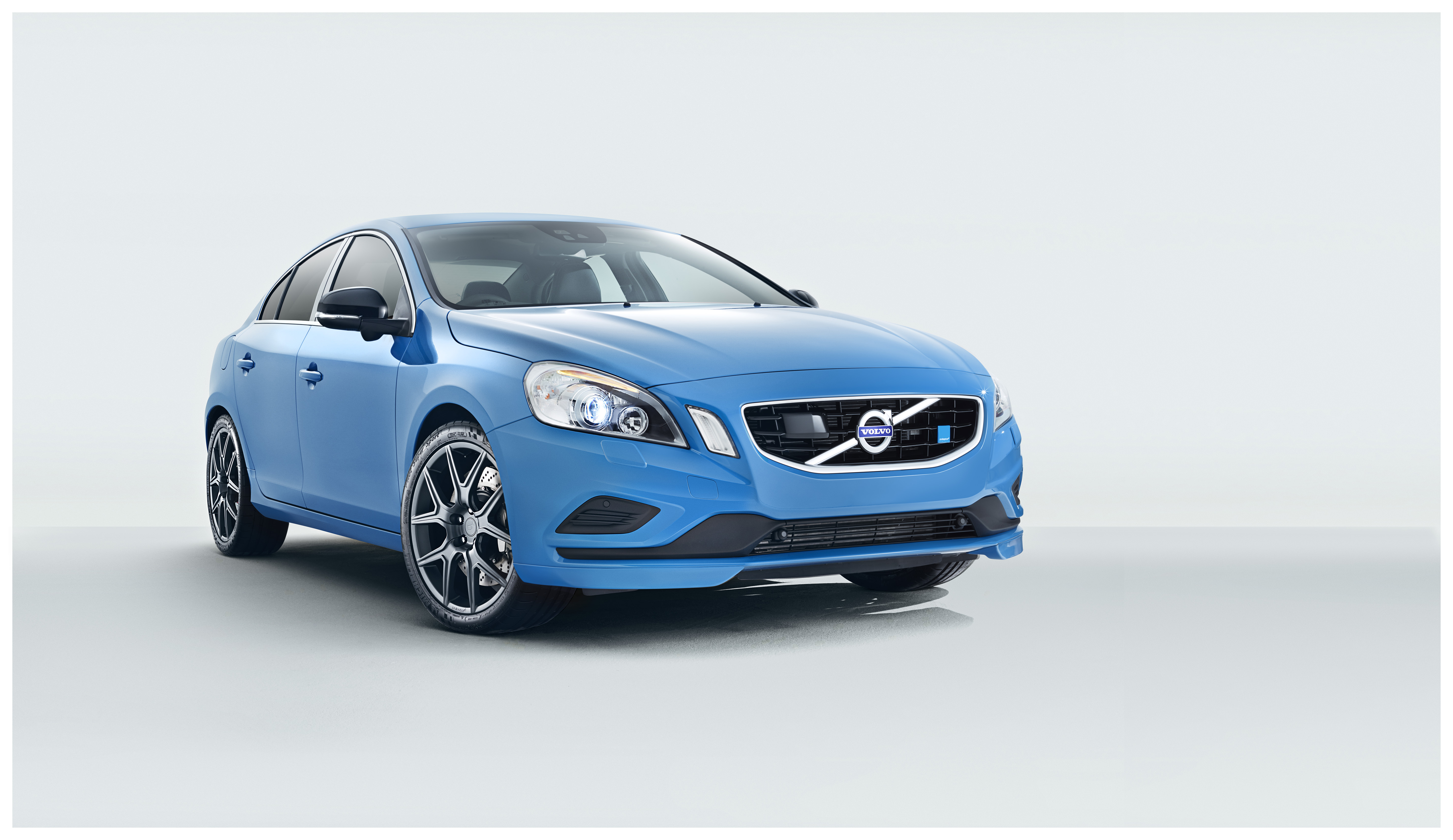 production volvo s60 polestar is finally revealed and it. Black Bedroom Furniture Sets. Home Design Ideas